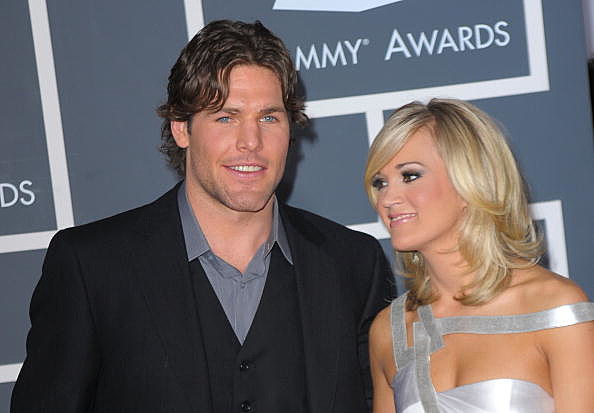 Mike fisher gets into a hockey fight wife carrie underwood reacts