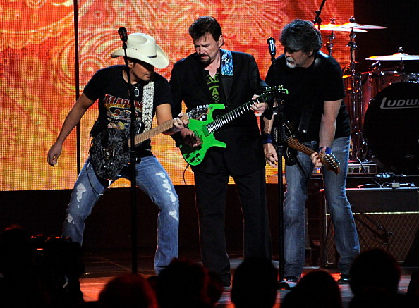 brad paisley with alabama