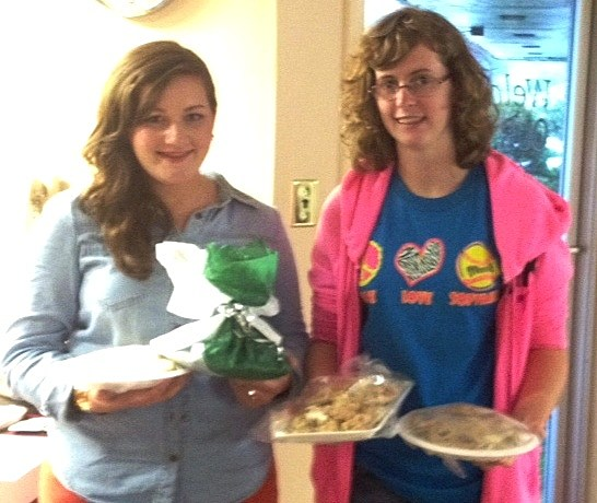 Mikayla and Addison from 4-H